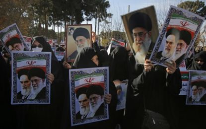 The Guardian: Iranian intellectuals call for referendum amid political unrest